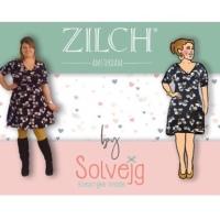 Dans de zon tegemoet in de Daisy Dress van Zilch bij Solvejg